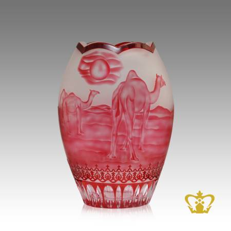 Charming-reflection-of-the-camel-and-desert-in-pink-hue-handcrafted-on-the-frosted-crystal-vase-a-UAE-traditional-gift-tourist-souvenir