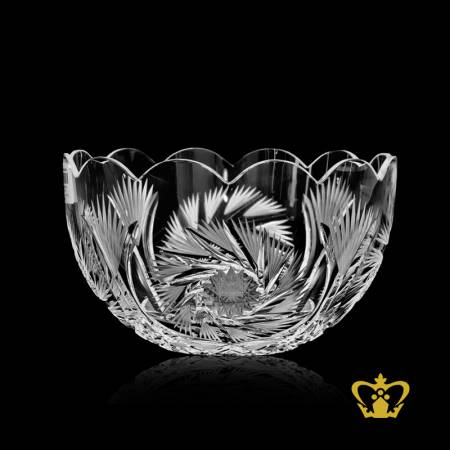 Imperial-stylish-stunningly-edge-crystal-bowl-with-charmingly-handcrafted-intense-leaf-twirling-star-pattern