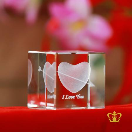 Crystal-cube-3D-heart-shape-laser-engraved-with-text-I-Love-You-valentines-day-gift-2d-3d-customized-personalized-text-word-engrave-etched-printed-gift-special-occasion-for-her-for-him-valentines-day-wedding