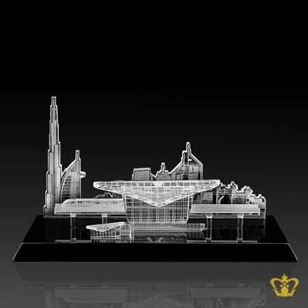 Dubai-Metro-crystal-replica-with-dubai-skyline-metro-station-with-black-base-souvenirs-mementos-for-tourist-corporate-gift