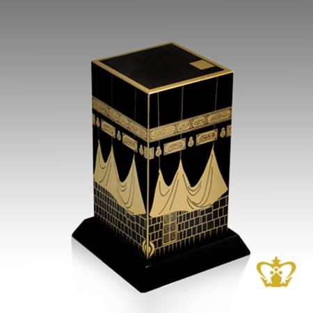 The-holy-kaaba-replica-crystal-cube-handcrafted-golden-Arabic-word-calligraphy-Quranic-verse-with-black-base-customized-logo-text-Islamic-religious-occasions-gift-Eid-Ramadan-souvenir