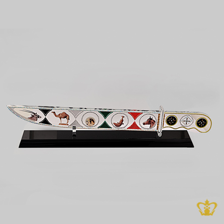Dagger-Crystal-With-Black-Base-with-camel-horse-falcon-Arabian-Oryx-Khanjar-Engraved-Occasions-Gift-Eid-Ramadan-Souvenir