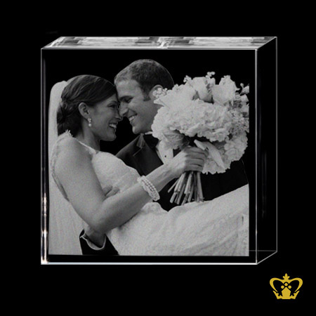 Crystal-cube-3D-laser-engraved-couples-picture-wedding-valentine-s-day-anniversary