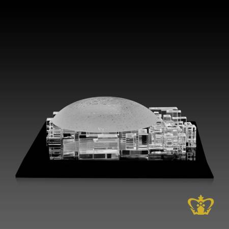Manufactured-artistry-crystal-replica-of-Louvre-Dome-with-black-base-UAE-famous-civilization-museum