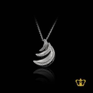 Alluring-moon-pendant-inlaid-with-sparkling-crystal-diamonds-chic-gift-for-her