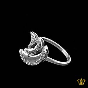 Stylish-silver-moon-ring-inlaid-with-sparkling-crystal-diamonds-elegant-gift-for-her