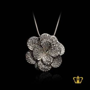 Gleaming-modish-silver-flower-pendant-inlaid-with-crystal-diamond-elegant-gift-for-her