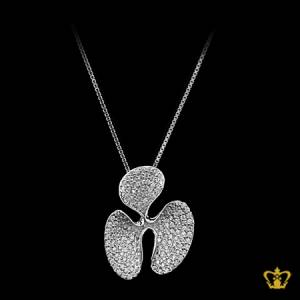 Glistening-silver-flower-pendant-inlaid-with-gleaming-crystal-diamond-lovely-gift-her