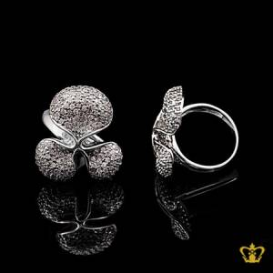 Charming-modish-silver-flower-ring-inlaid-with-crystal-diamond-elegant-gift-for-her