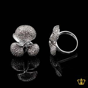 Dazzling-modish-silver-flower-ring-inlaid-with-crystal-diamond-elegant-gift-for-her
