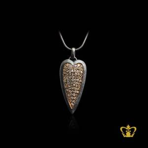 Delicate-chic-leaf-pendant-inlaid-with-beautiful-clear-crystal-diamonds-lovely-gift-for-her