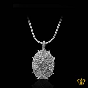 Opulent-shiny-oval-silver-pendant-inlaid-with-cross-pattern-crystal-diamonds-charming-gift-for-her