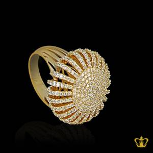 Sparkling-golden-designer-ring-inlaid-with-crystal-diamond-stylish-gift-for-her