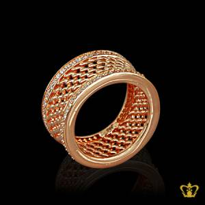 Opulent-luxurious-rose-gold-color-ring-inlaid-with-crystal-lovely-gift-for-her
