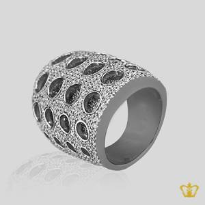 Charming-designer-silver-ring-inlaid-with-crystal-diamonds-lovely-gift-for-her