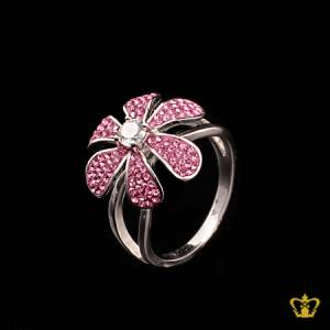 Blushing-glitzy-silver-flower-ring-inlaid-with-pink-crystal-diamonds-exquisite-gift-for-her