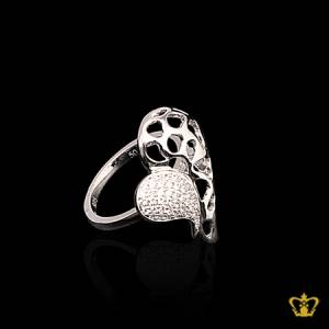 Lovely-silver-leaf-ring-inlaid-with-crystal-diamond-elegant-gift-for-her