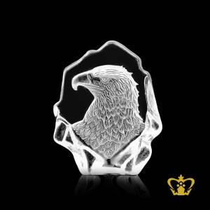 Royal-eagle-figurine-hand-engraved-in-crystal-mould-bird-lover-gift