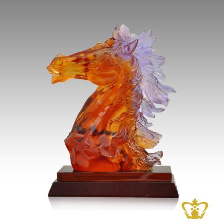 Personalized-amber-color-crystal-replica-of-head-horse-with-2tier-base-customized-text-engraving-logo