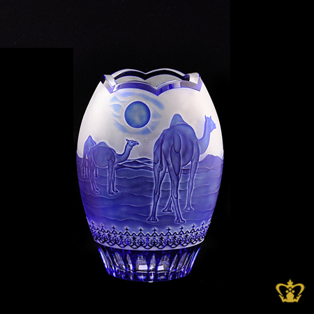 Crystal-decorative-vase-with-camel-engraved-UAE-traditional-souvenir-gift