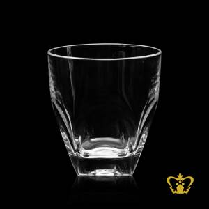 Manufactured-Artistic-Whisky-Glass-with-Intricate-Detailing