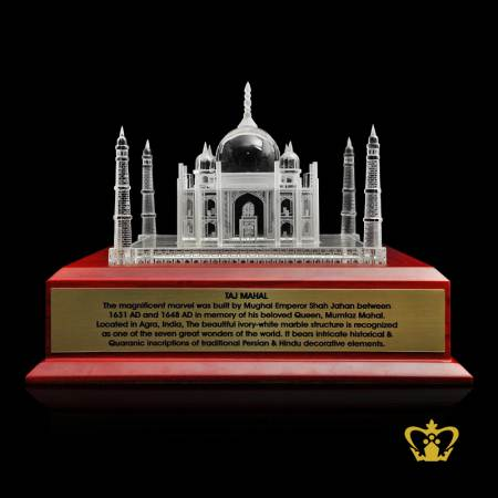 The-Taj-Mahal-India-crystal-replica-with-wooden-base-is-one-of-the-wonders-of-the-world-tourist-souvenir-gift